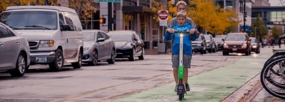 El løbehjul med sæde – se de bedste her